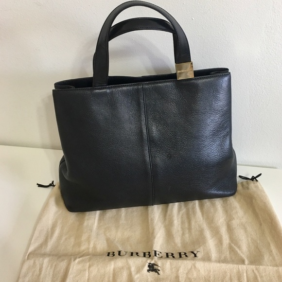 13797078ae03 Burberry Handbags - Authentic BURBERRY Black Leather Tote with gold